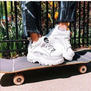 Buffalo London Classic Low Sneakers - white